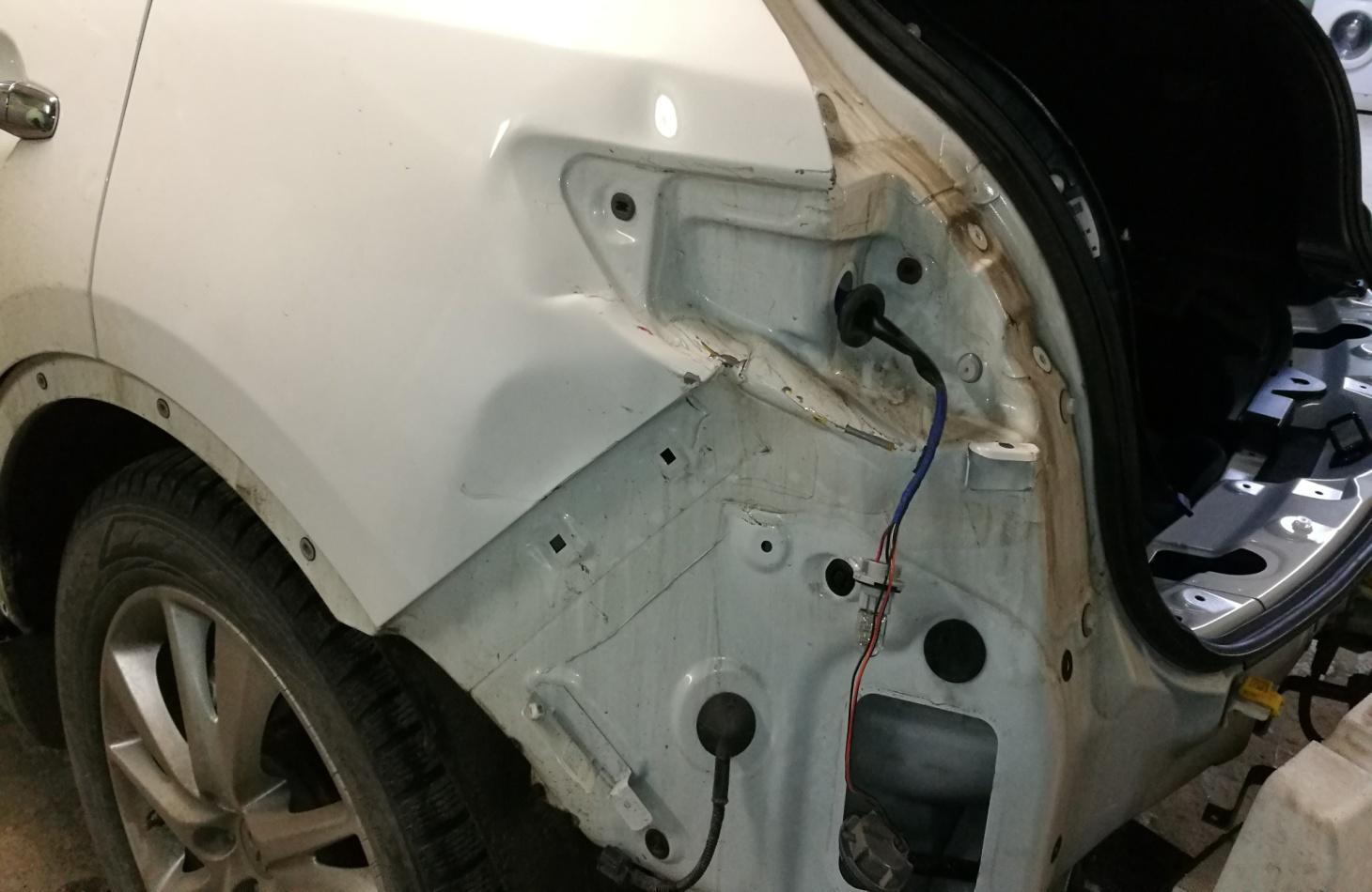 Ремонт автомобиля INFINITI FX70 2013
